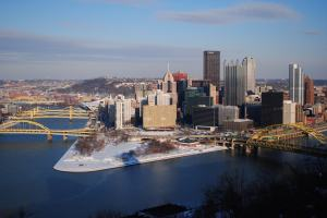 Prep before snow falls on Pittsburgh